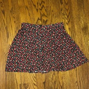 Floral patterned short and flouncy skirt from Lush